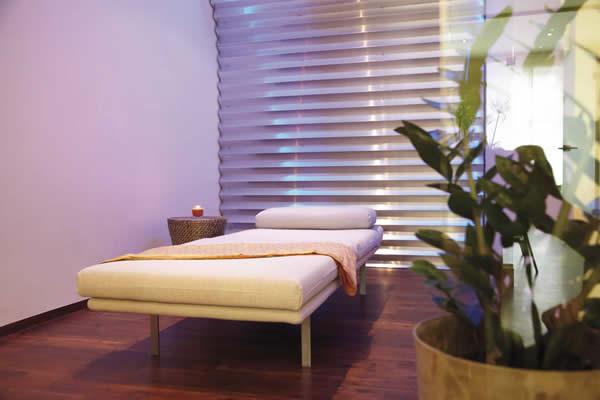 Praxisraum Psychotherapiepraxis, Behandlungsliege, Villingen